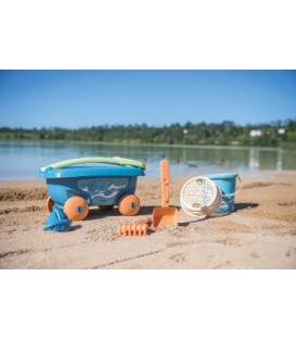 Garnished Beach cart and accessories