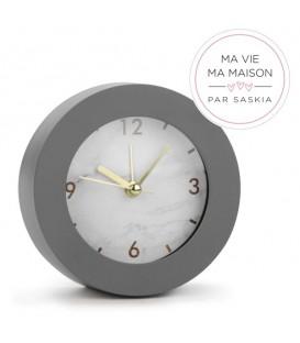 Saskia alarm clock dial